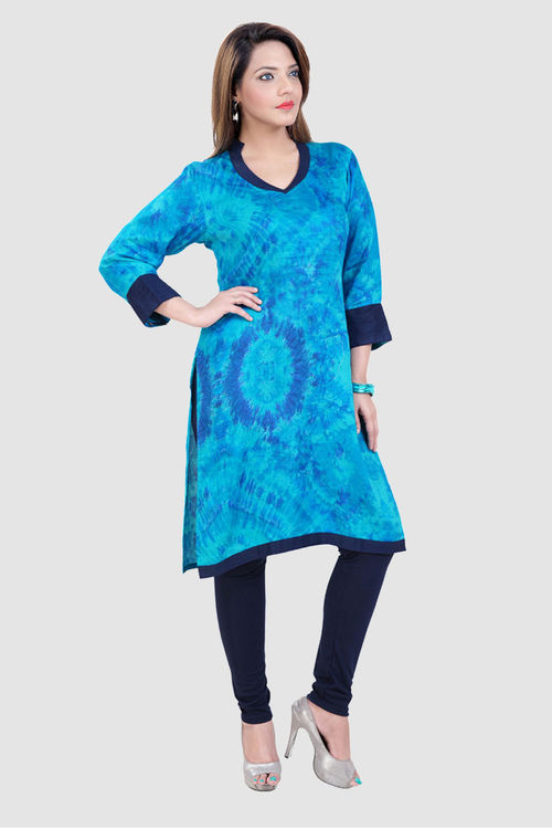 Large Bandhani Prints with pleated sleeves