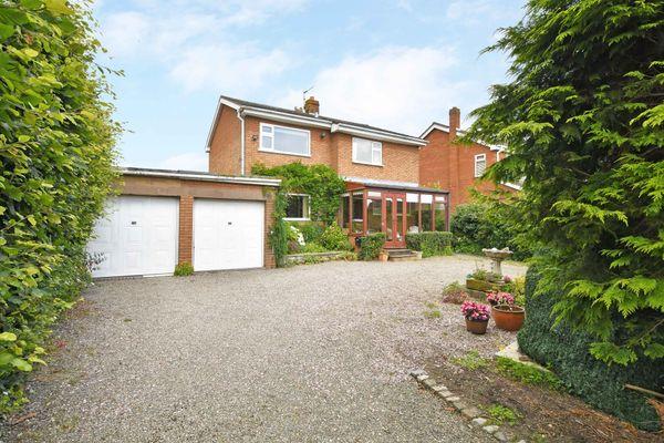 property Moss Fennen, Dickys Lane>