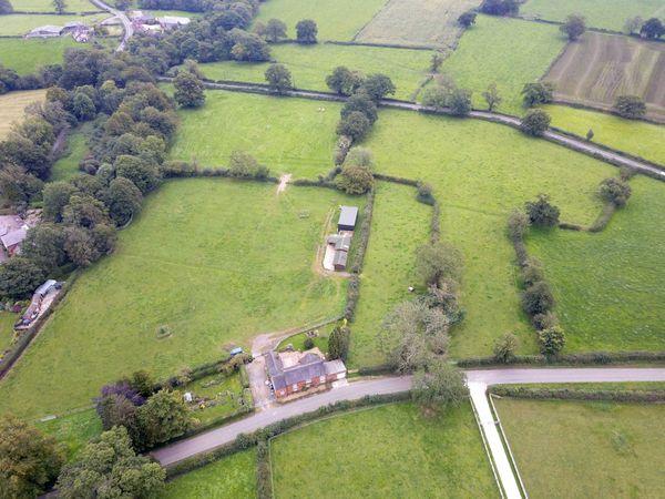 property Oak Farm, Coton Hayes>