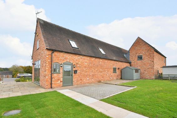 4 Norbury Manor Barns Manor Drive, Norbury Junction
