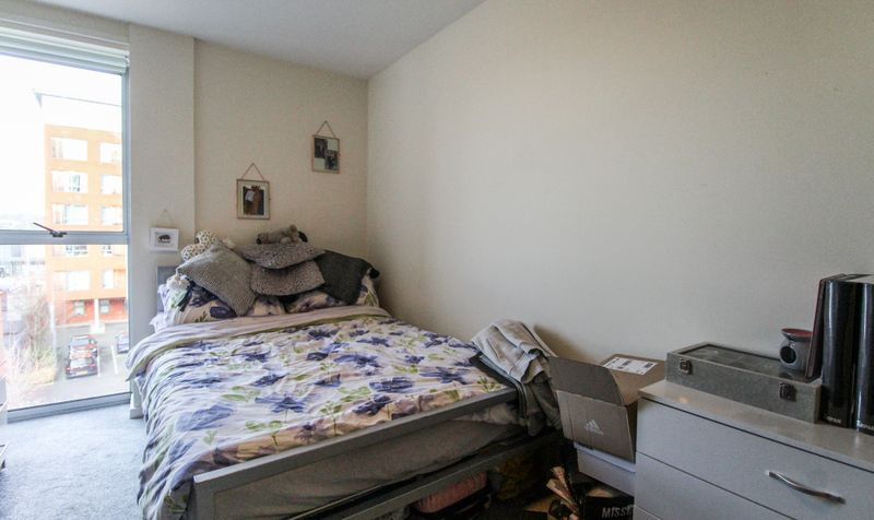 24 Ahlux Court Image 5