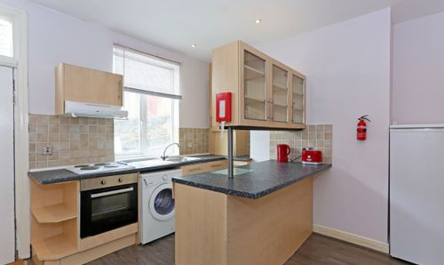 7 Wetherby Grove Image