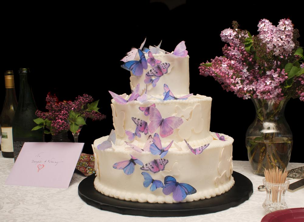 How Much Does the Average Wedding Cake Cost?