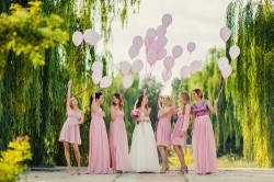 "Original Ideas to ""Pop the Question"" to Your Bridesmaids"