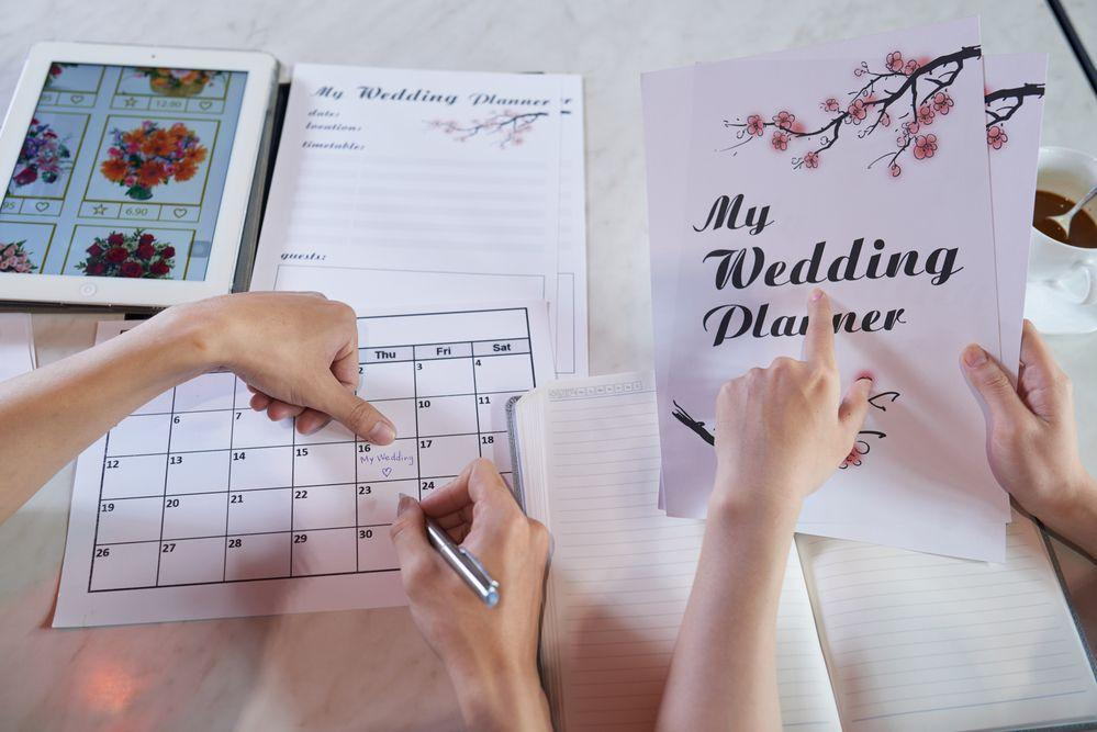The Difference Between an Independent Wedding Planner and an On-Site Venue Coordinator?