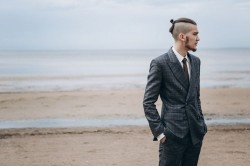 Pros and Cons of Having a Beard at Your Wedding