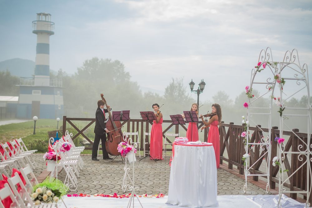 What Music Should Be Played at the Reception?