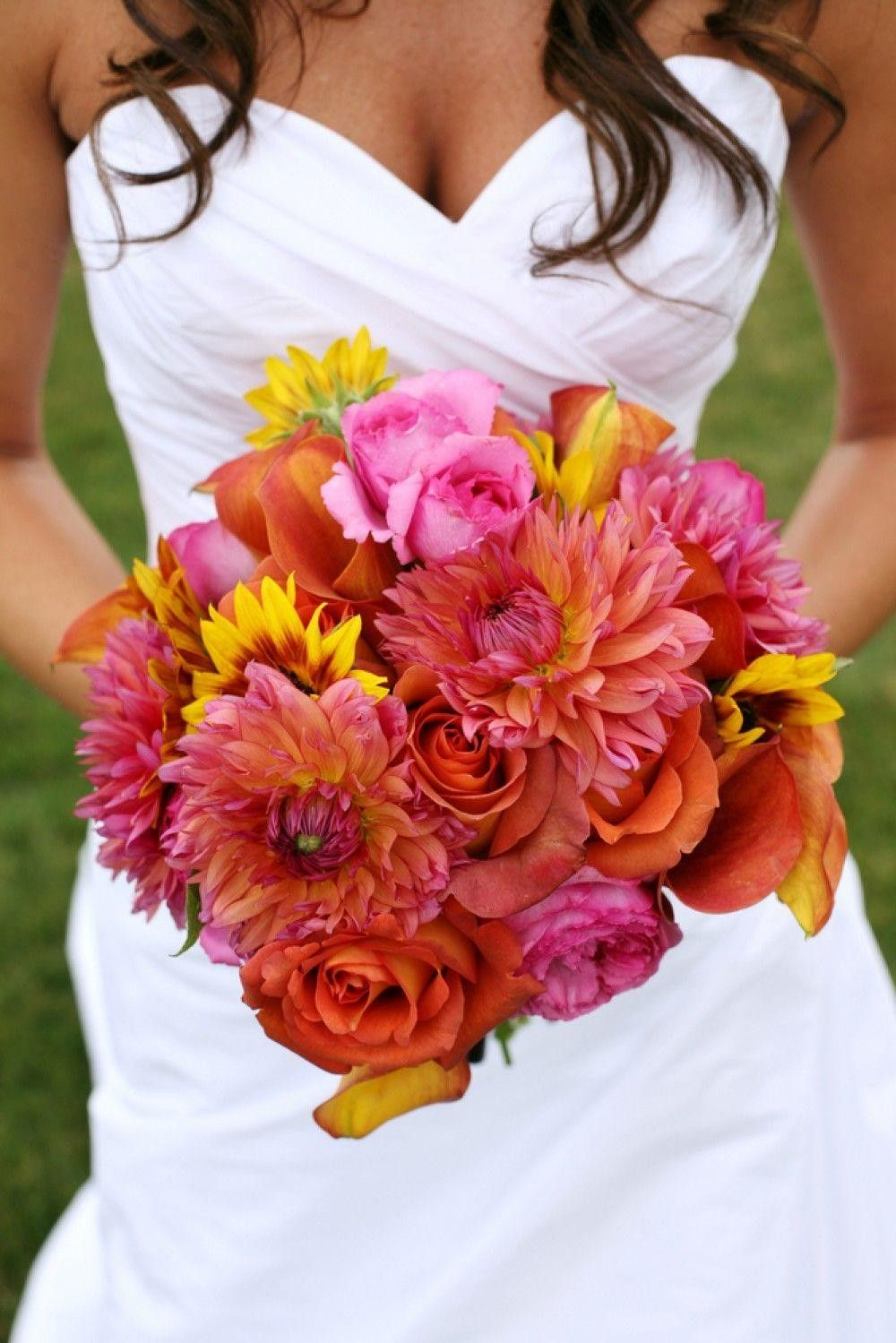beautiful bride with a pink bouquet