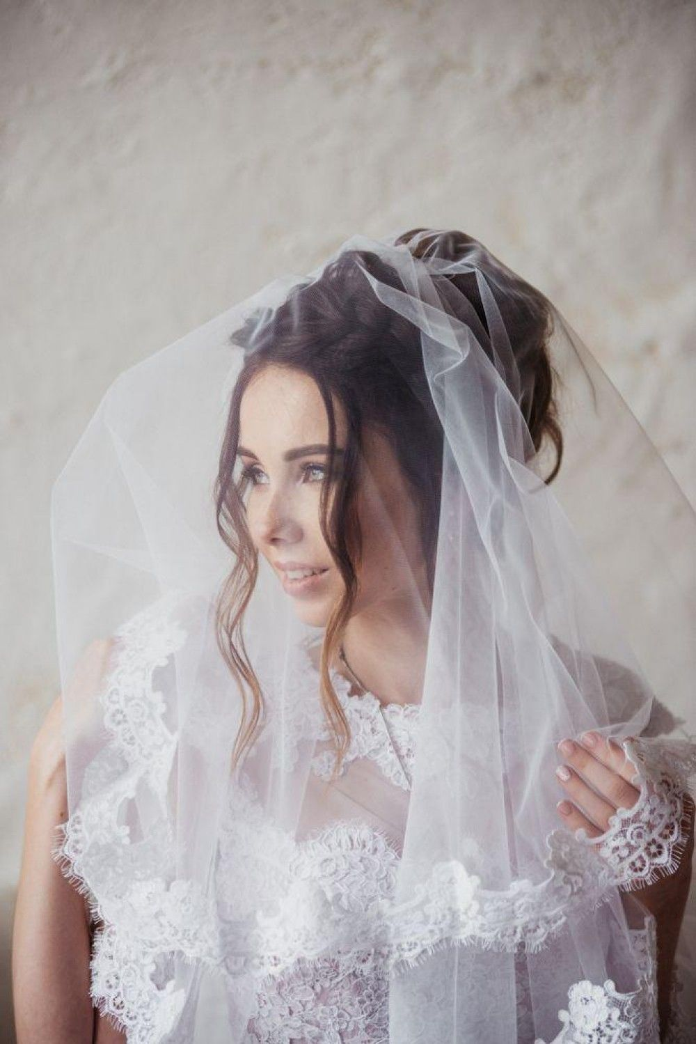 Bride's Hairstyle with a veil