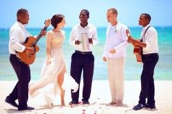 What to Look for in a Wedding Band or DJ