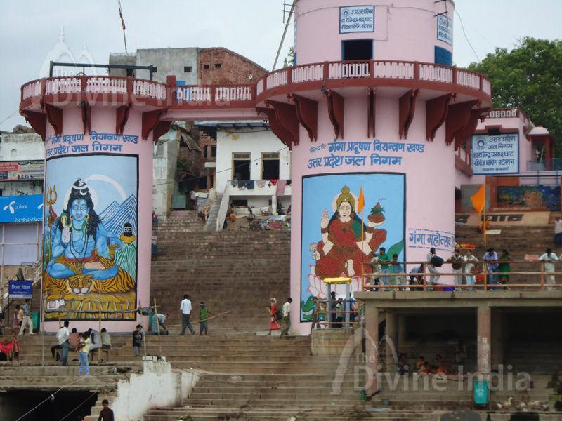 Ganga Ghat - Varanasi