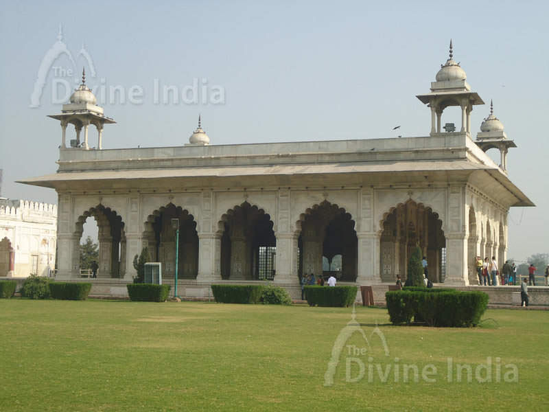 Diwan-i-khas, The Red Fort