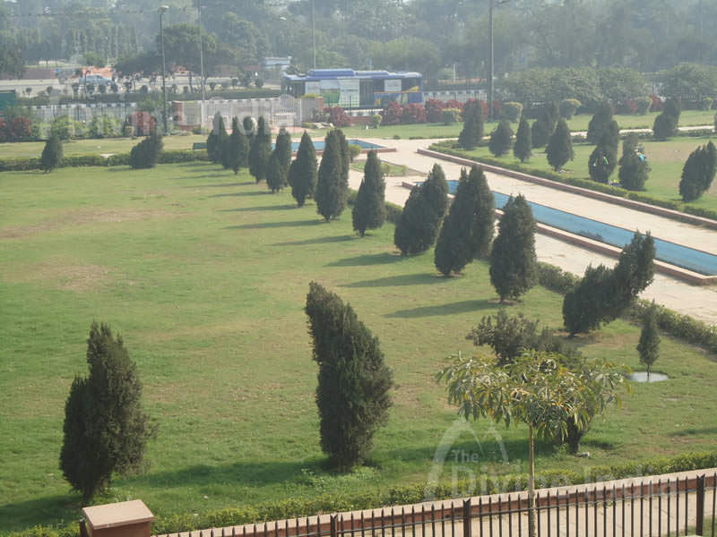 Garden of The Red Fort