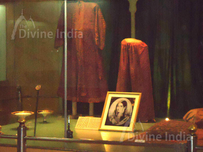 Mumtaz mahal clothes, The Red Fort