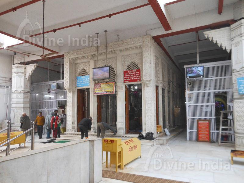 Gauri Shankar Temple inside view