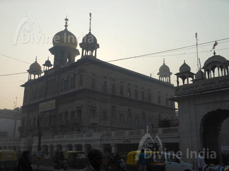 Sis Ganj Gurudwara, Delhi