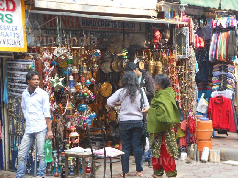 Janpat Street Market