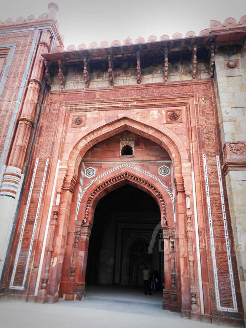 Gate of Qila-e-Kuhna Masjid inside Purana Qila, Delhi.