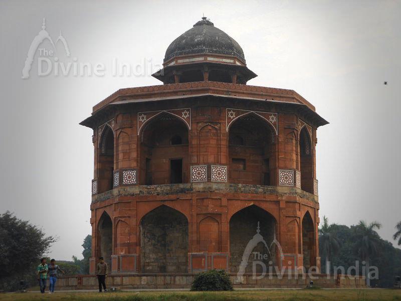 Sher Mandal built by Sher Shah Suri, Purana Qila.