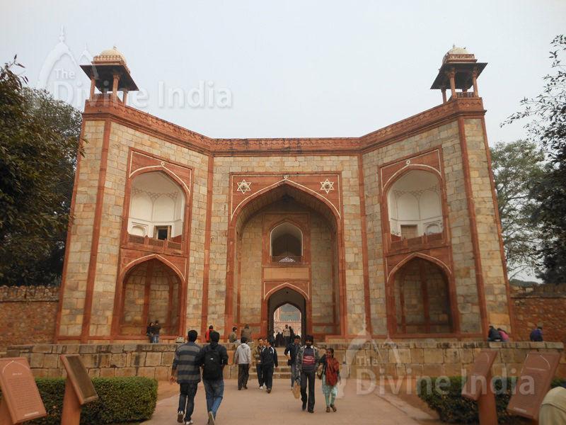 Entrance portal into Humayuns Tomb