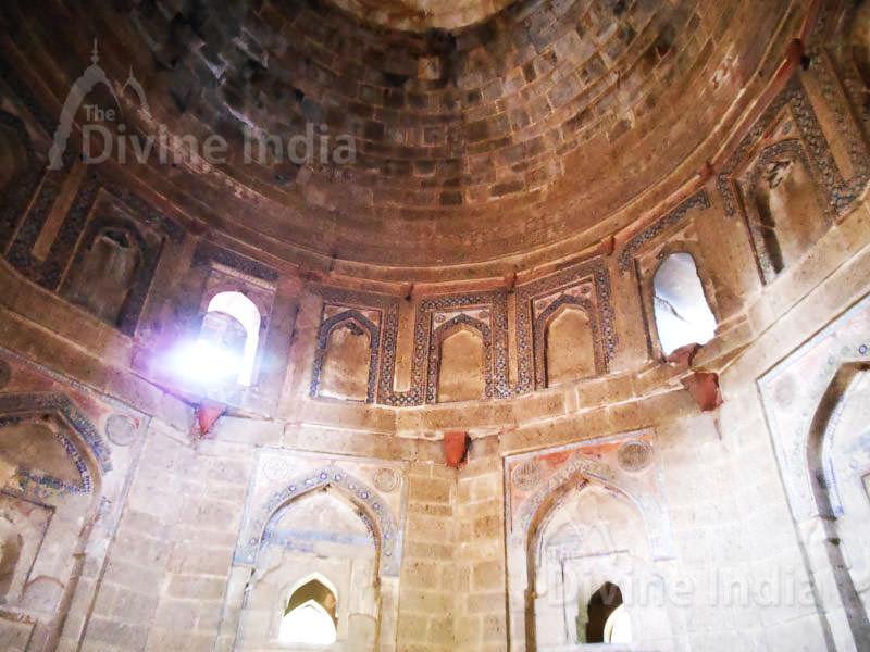 Inside of Mohammed Shah Tomb, Lodi Garden