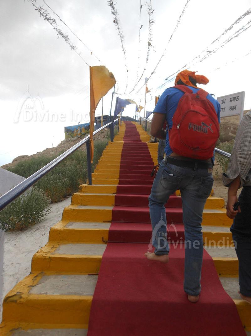 Steep steps leading to Gurdwara sahib