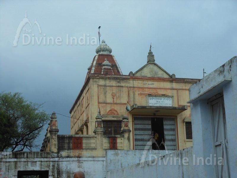 Acient Digambar Jain Baruva Matha Temple at Shouripur