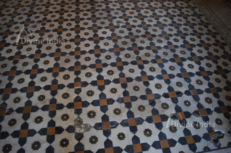 Beautiful floor design at suraj bhawan deeg palace