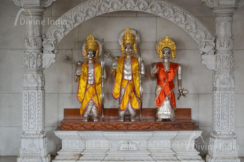 Beautiful Sliver made Sri Ram, Laxman and Sita sculpture at Hanuman Balaji Temple