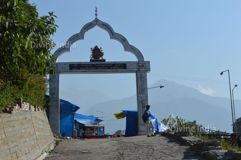 Lord Ganesh Idol at chintpurni temple