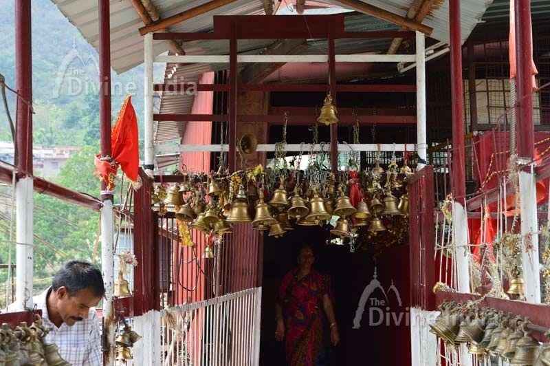 inside entry gate of dhari devi temple