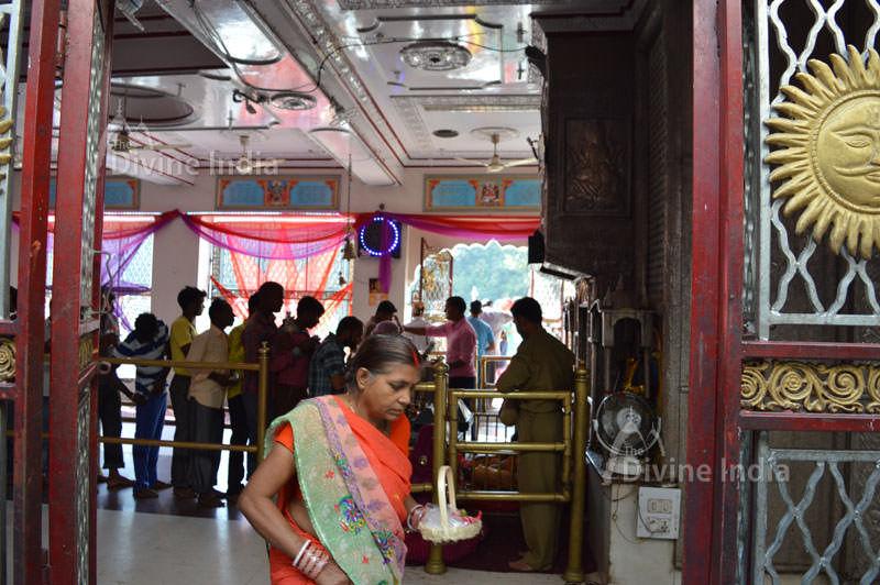 Lord Hanuman idol at left side entrance gate of chintpurni temple