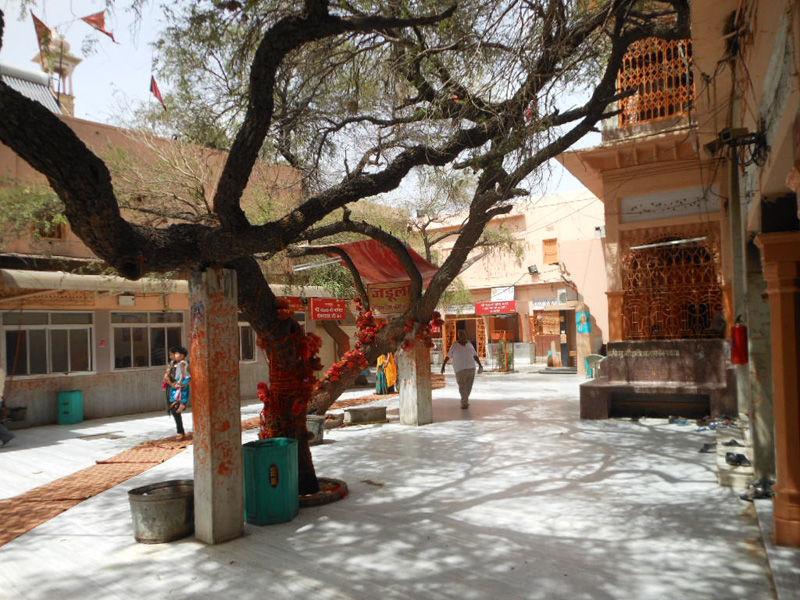 Inside View of Salasar Balaji Temple