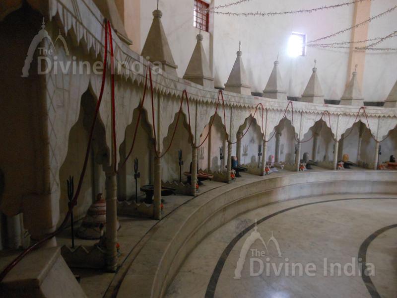 12 Jyoti shiv Linga at Moksha Dham Temple