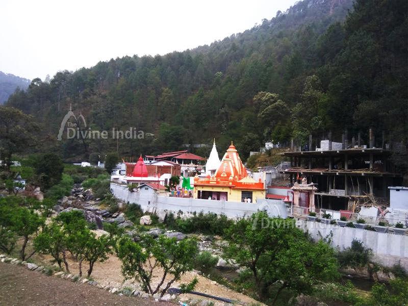 Panoramic view of the Kainchi Dham