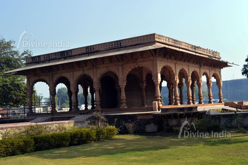 kesav bhawan at deeg palace