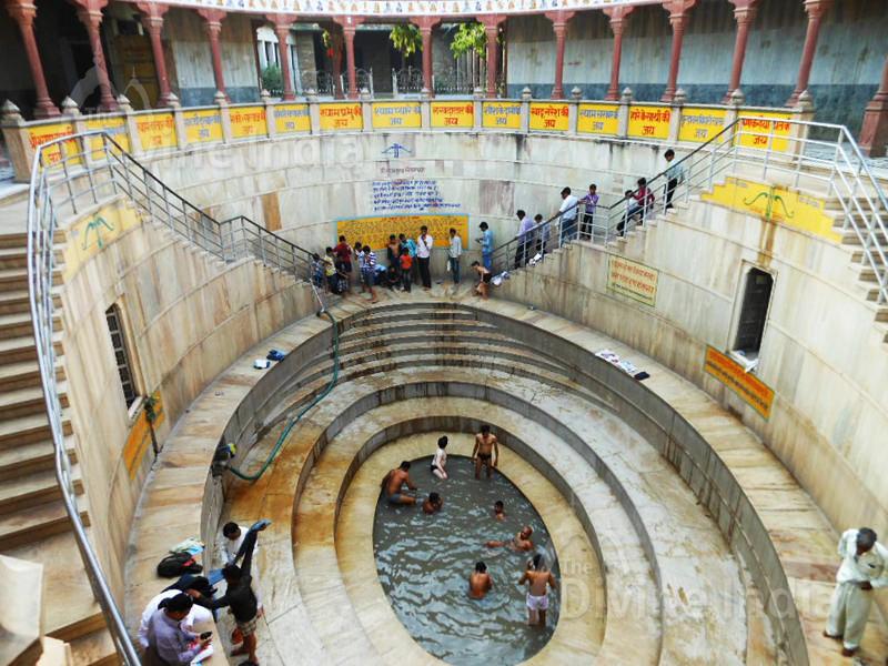 Sri Shyam Kund for Male at Khatu Shyam Temple