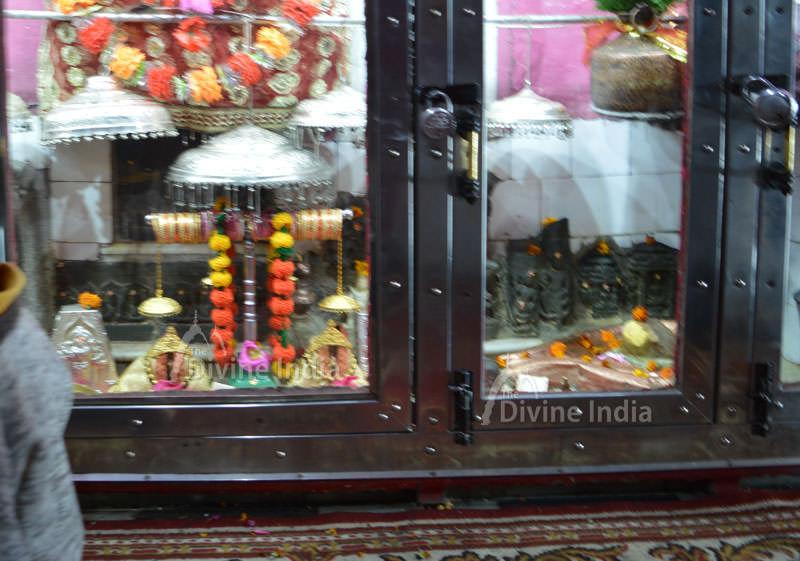 Maa Dunagiri Siddha Pinds Darshan