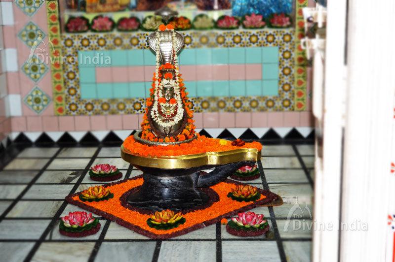 Sarveshwar Mahadev linga at Brahma Sarovar Kurukshetra