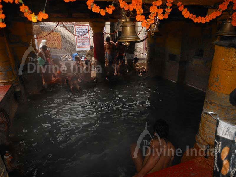 Tapt Kund at Badrinath Temple