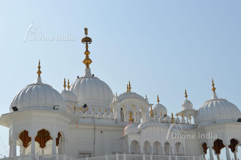 top of the anandpur sabhi gurdwara