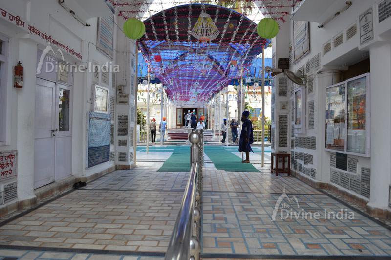 View at Entry Gate of Gurudwara Paonta Sahib