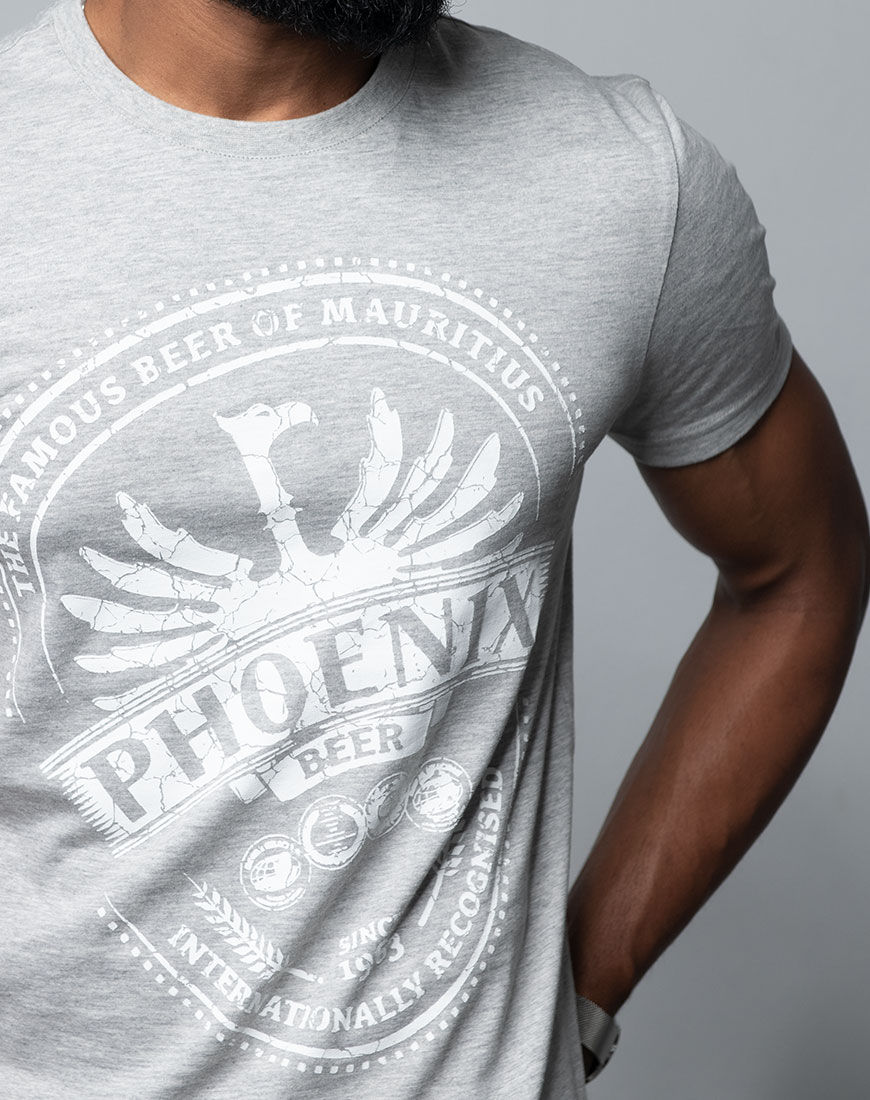 T-shirt Phoenix - The Famous Beer of Mauritius Grey Cracked Design Close Up