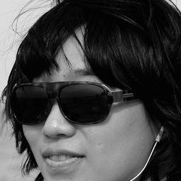 Zhang Ruyi (张如怡)