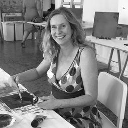 Angela Dierks