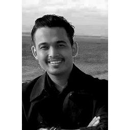 Nik Mohd Shazmie