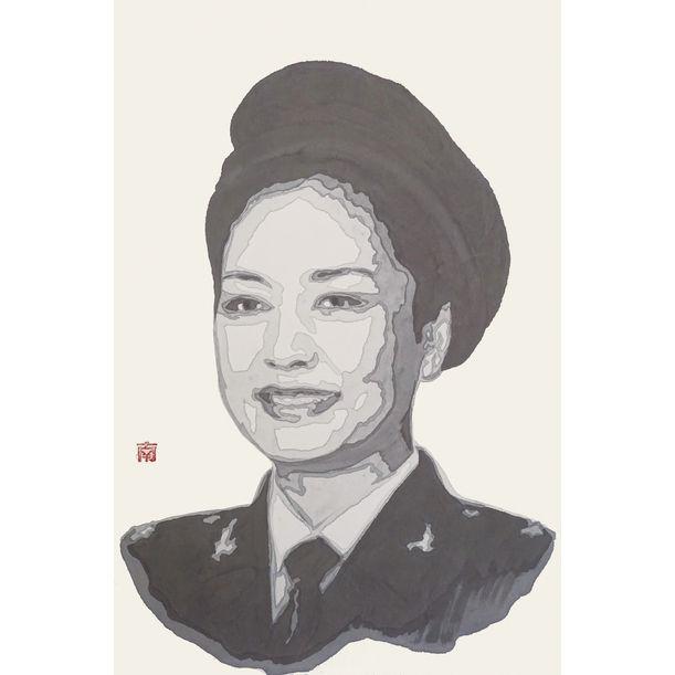 Gold Cultural Soldier B by Nan Qi