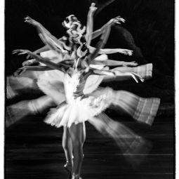 Dancers #1 by Sean Lee Davies