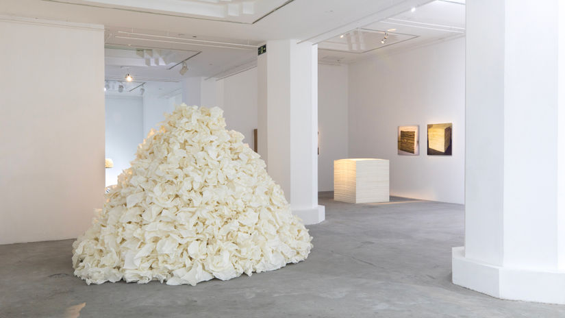 Inside Ganjiakou 303: Zhu Jinshi and domestic memory at Pearl Lam Gallery, Shanghai