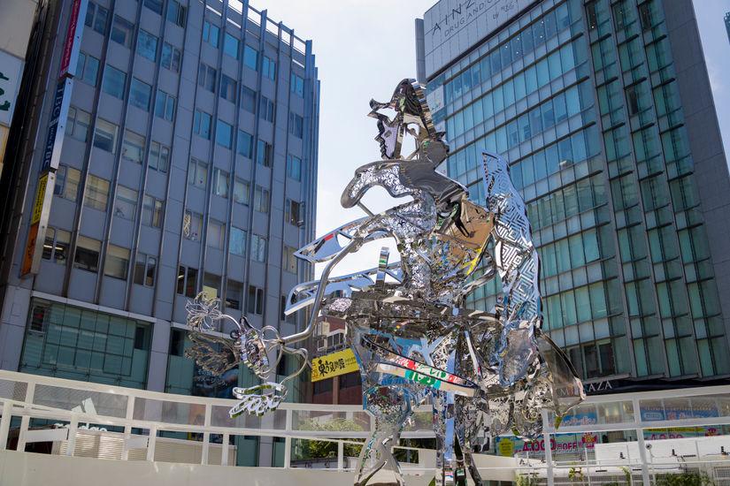 Tomokazu Matsuyama's latest Public Art Project: Shinjuku East Square